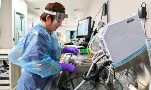 pinderfields NHS endoscopy room